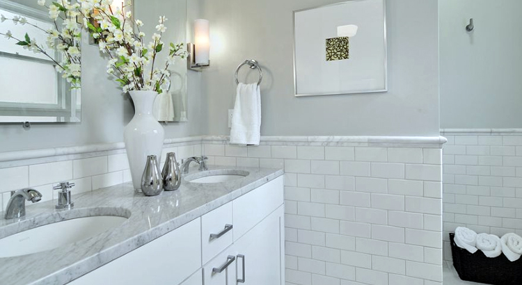 How to spruce up your bathroom when selling your home